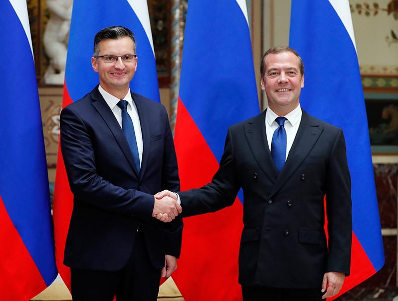 Председатель правительства РФ Дмитрий Медведев и председатель правительства Республики Словения Марьян Шарец