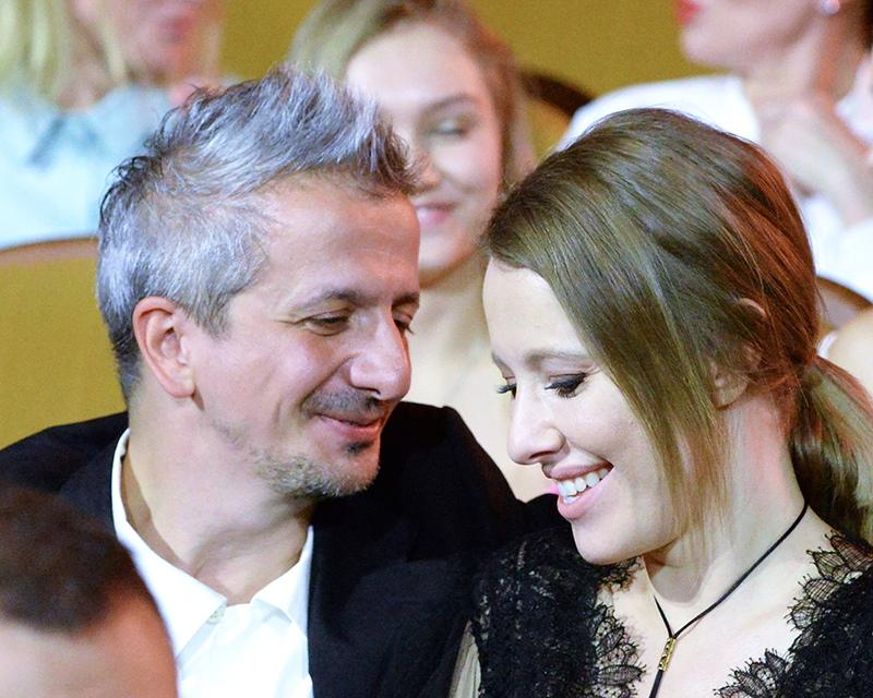 Телеведущая Ксения Собчак и режиссер Константин Богомолов