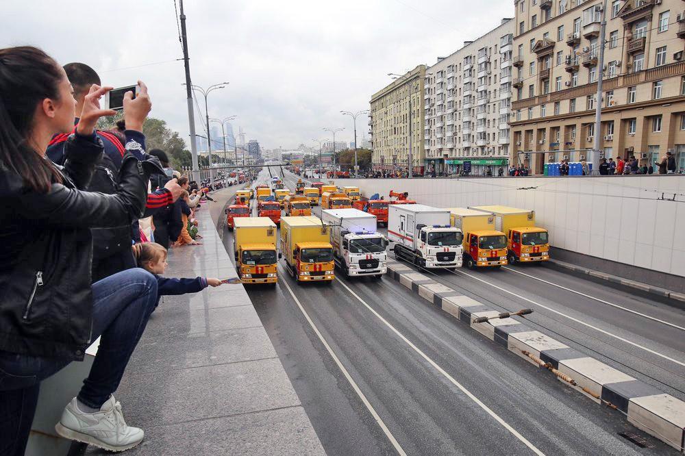 Московский парад городской техники