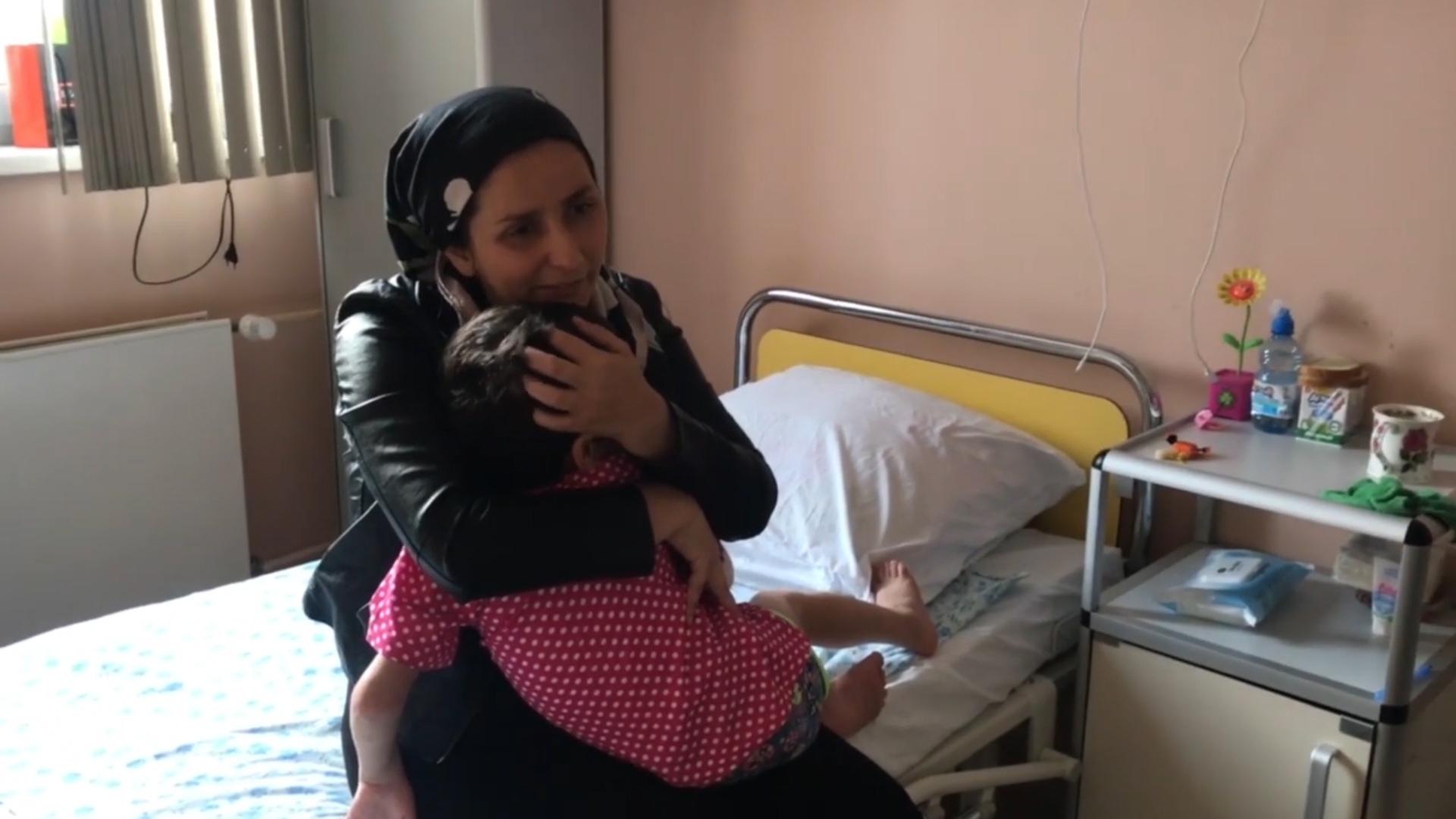 Душещипательное видео воссоединения ингушской девочки с матерью
