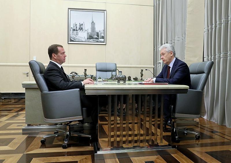 Дмитрий Медведев и Сергей Собянин во время встречи