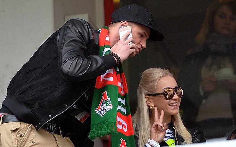 Телеведущая Ольга Бузова и ее супруг футболист Дмитрий Тарасов