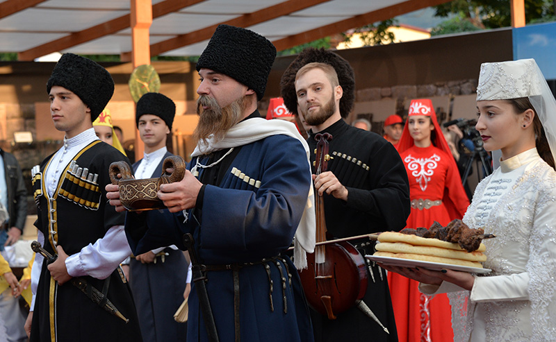 Москвичей познакомили с культурой Кавказа