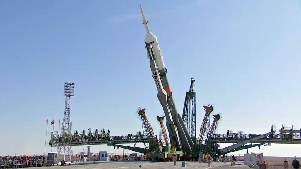 """Установка ракеты-носителя """"Союз-ФГ"""""""