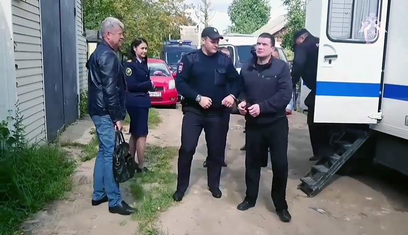"""Член банды """"Тверские волки"""" Александр Агеев (справа), подозреваемый в причастности к убийству певца Михаила Круга"""
