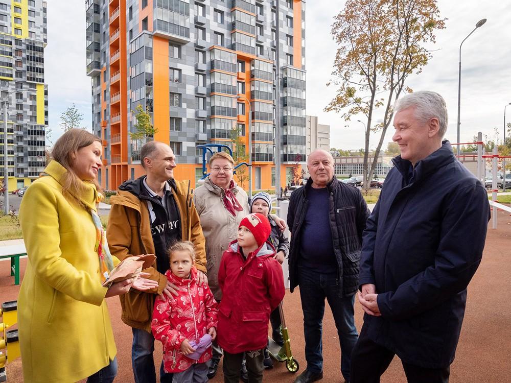 Сергей Собянин общается с жителями