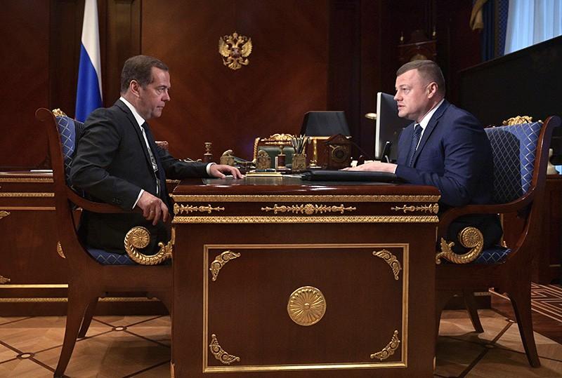 Председатель правительства РФ Дмитрий Медведев и губернатор Тамбовской области Александр Никитин