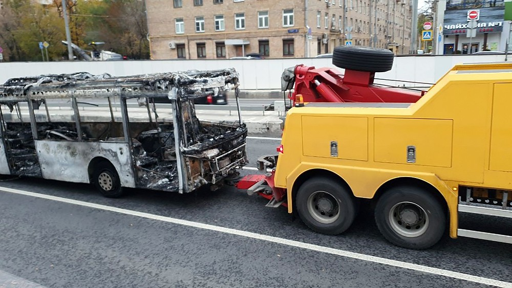 Последствия возгорания автобуса в Алабяно-Балтийском тоннеле
