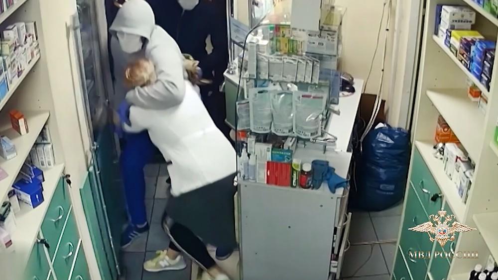 Ограбление аптеки