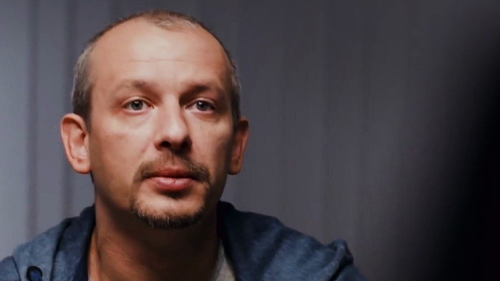 """Актер Дмитрий Марьянов в фильме """"День радио"""""""