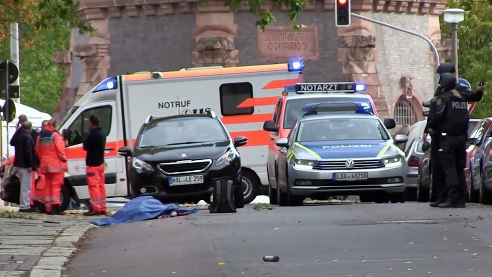 Скорая и полиция Германии на месте стрельбы