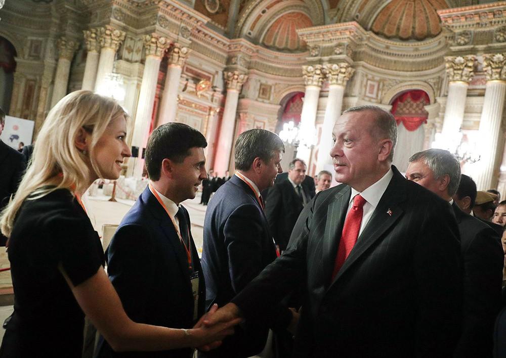 Картинки по запросу Эрдоган и Наталья Поклонская