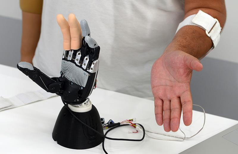 Биометрический протез