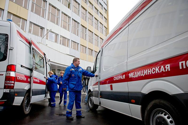 Сотрудники станции скорой и неотложной медицинской помощи