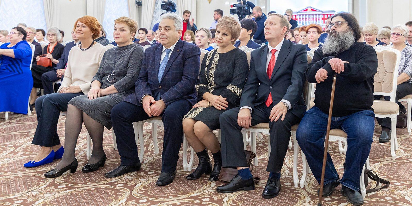 Сергей Собянин наградил сотрудников скорой помощи