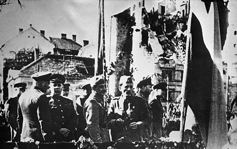 Белградская операция, сентябрь - октябрь 1944 года. На улицах Белграда после освобождения