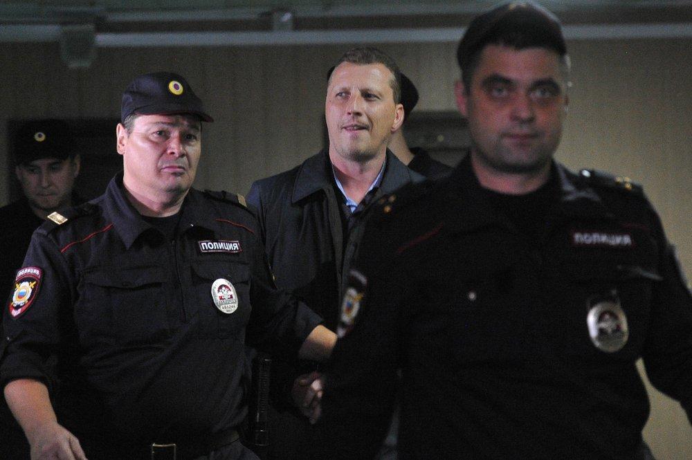 """Начальник ОМВД """"Дорогомилово"""" полковник Дмитрий Смирнов в Пресненском суде"""