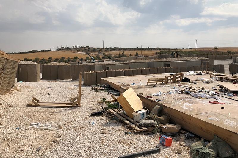 Покинутая база армии США в Сирии