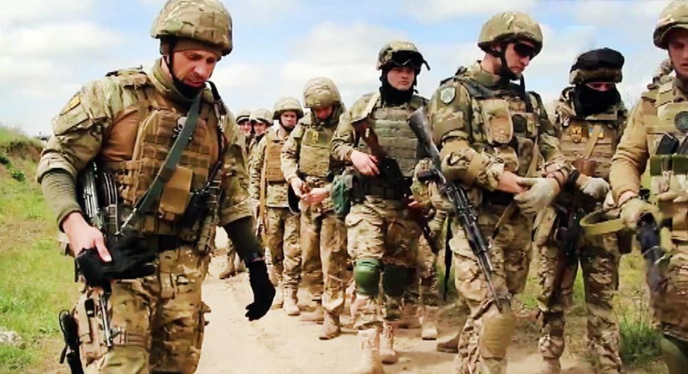 Бойцы украинского батальона