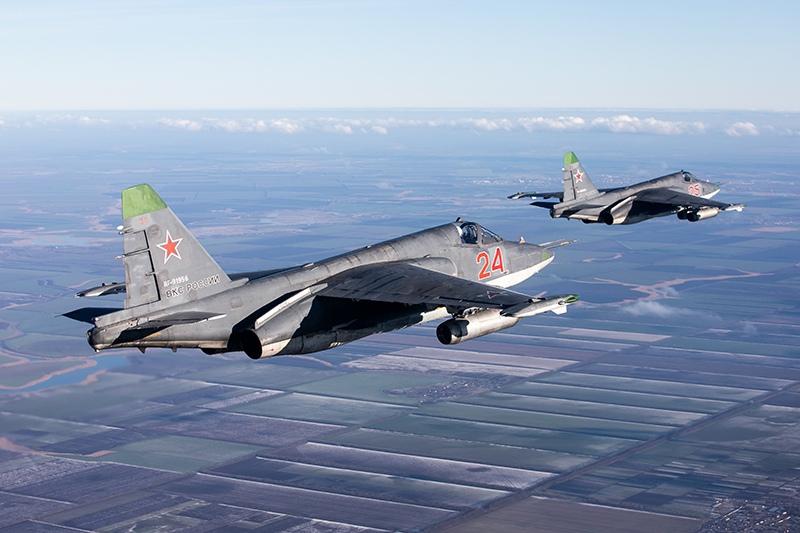 Штурмовики Су-25СМ3 во время лётно-тактических учений