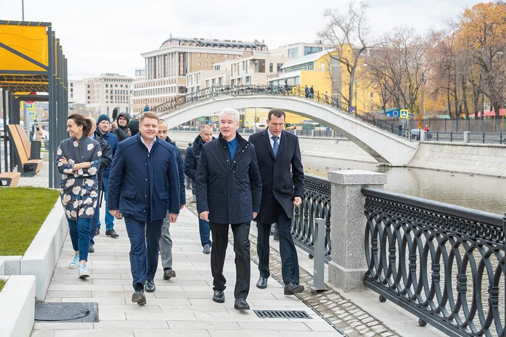 Сергей Собянин осмотрел благоустройство набережных Москвы-реки