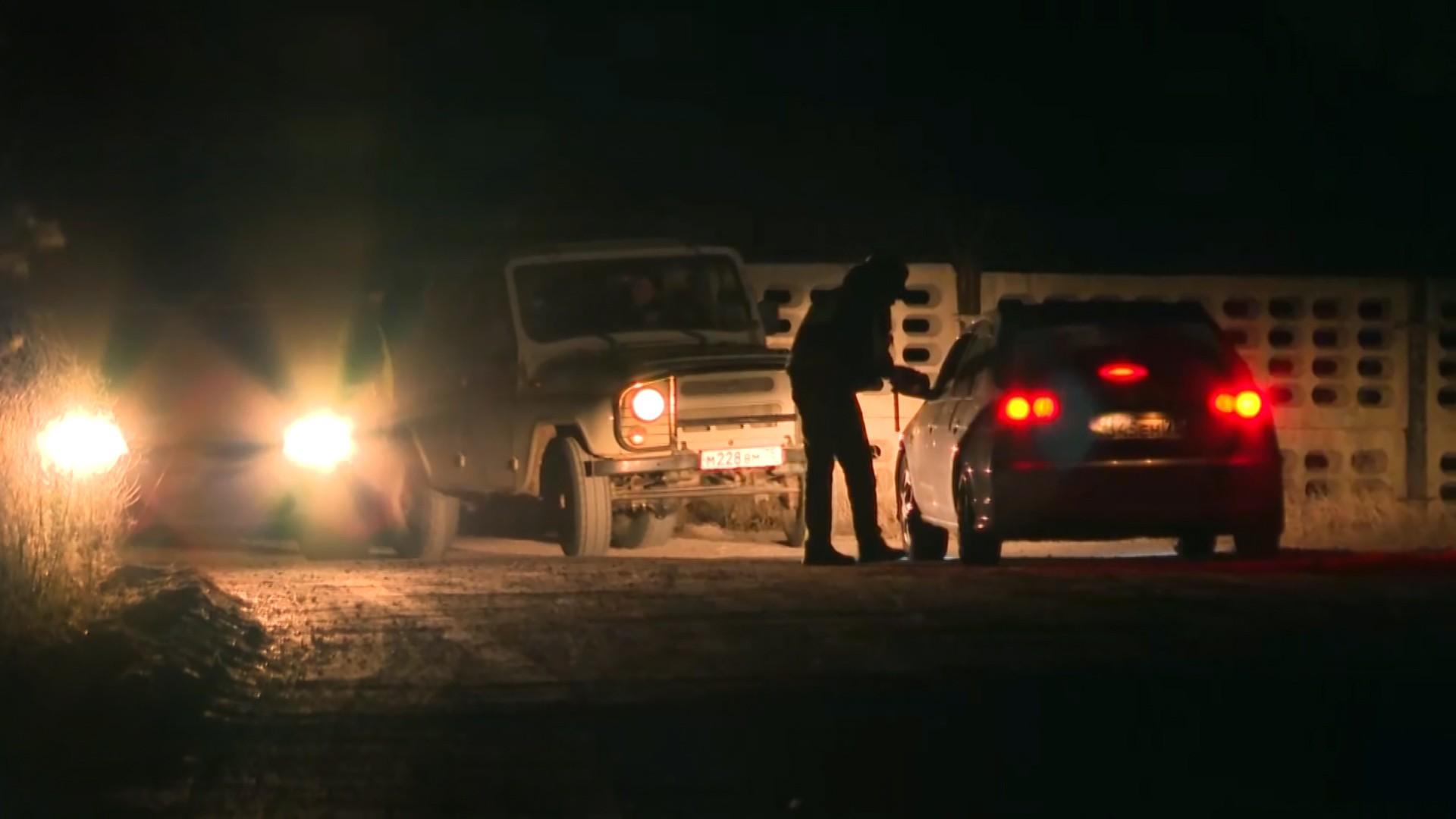 Полиция на месте стрельбы на военной базе в Забайкалье