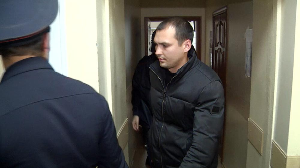 """Антон Бутурлакин, подозреваемый в хищении персональных данных клиентов """"Сбербанка"""""""