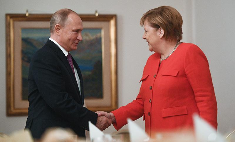 Владимир Путин и канцлер ФРГ Ангела Меркель