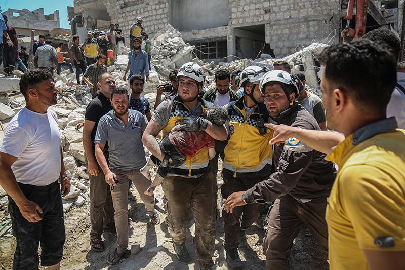 """США профинансировали новые провокации """"Белых касок"""" в Сирии"""