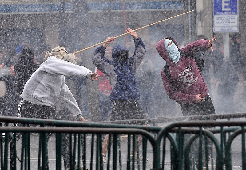 Массовые беспорядки в Чили