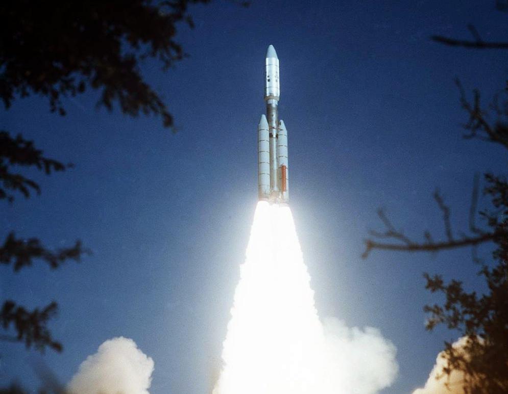 Запуск ракеты с зондом Voyager 2