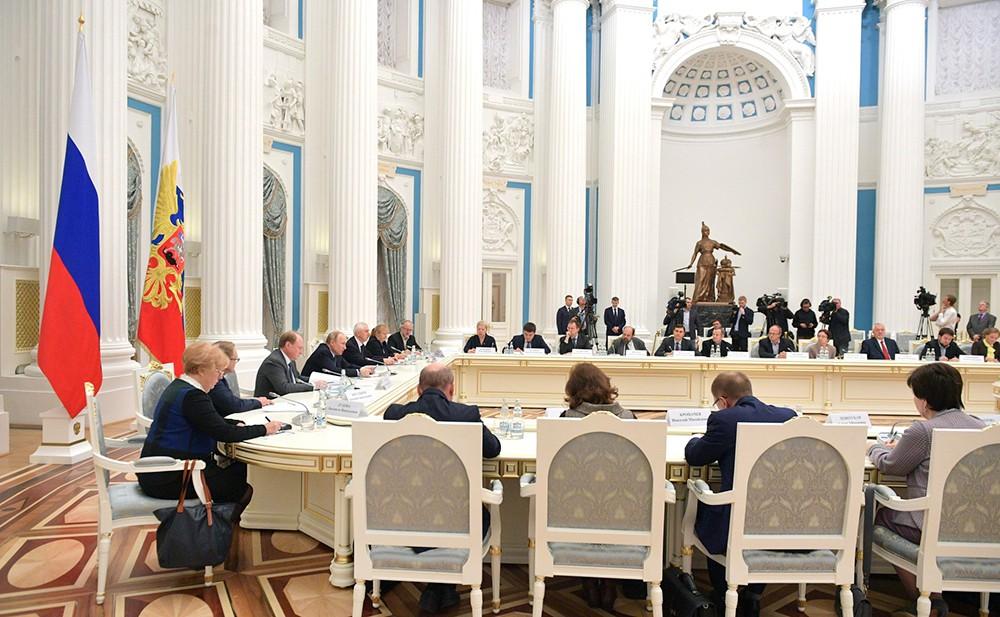 Заседание Совета по русскому языку