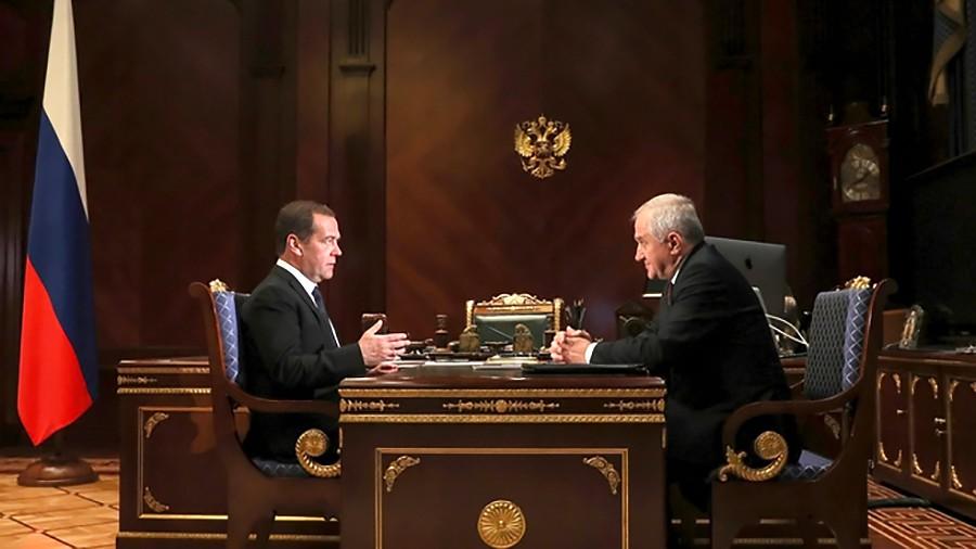 Дмитрий Медведев и Владимир Булавин