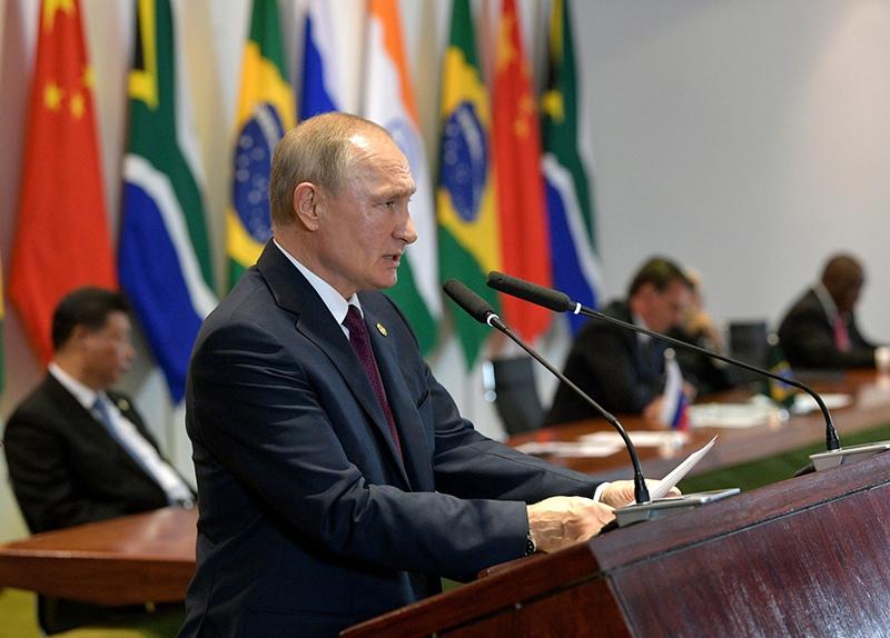 Владимир Путин на встрече с членами Делового совета БРИКС