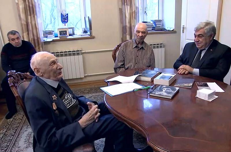 """Встреча старейших членов """"Магаданского землячества"""""""