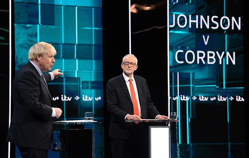 Борис Джонсон и Джереми Корбин во время дебатов