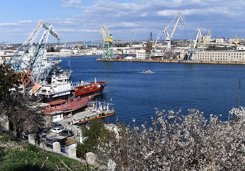 Порт в Крыму