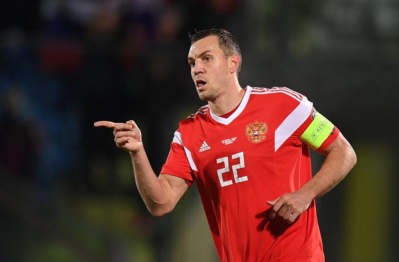 Игрок сборной России Артём Дзюба
