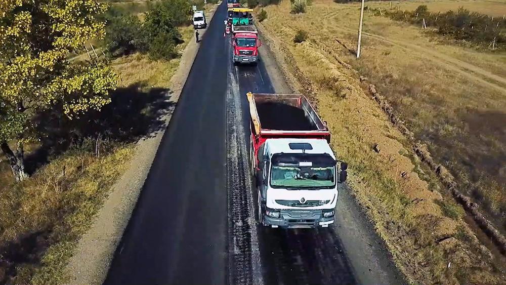 Дорожный ремонт в Крыму