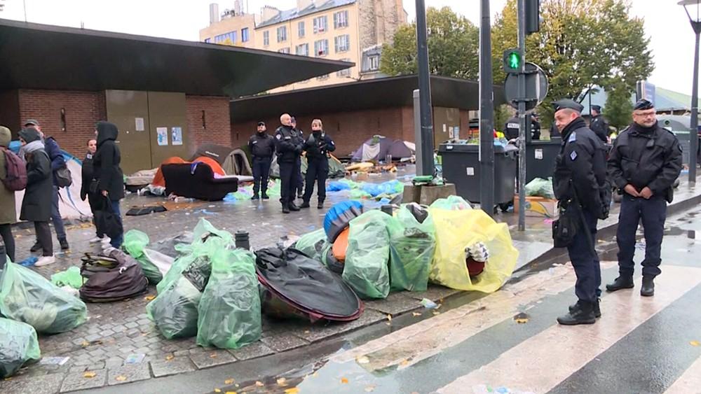 Ликвидация лагеря мигрантов во Франции