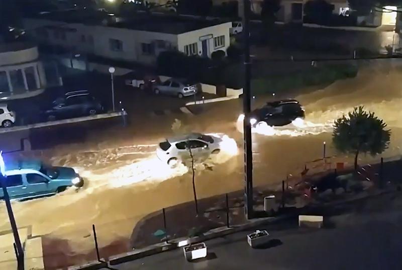 Последствия ливней во Франции