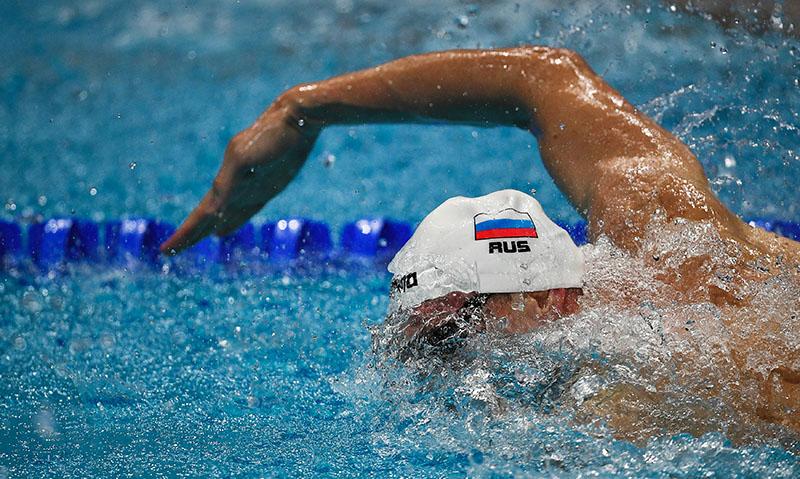 Сборная России взяла золото на ЧЕ по плаванию