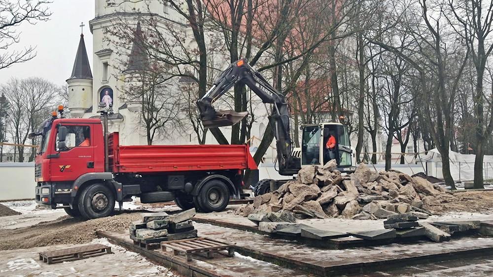 Снос памятника советским воинам в Литве