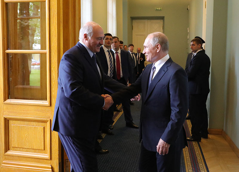 Владимир Путин и президент Белоруссии Александр Лукашенко