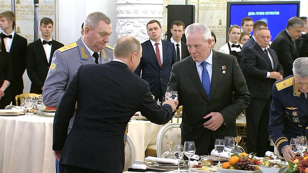 Владимир Путин на приёме по случаю Дня Героев Отечества