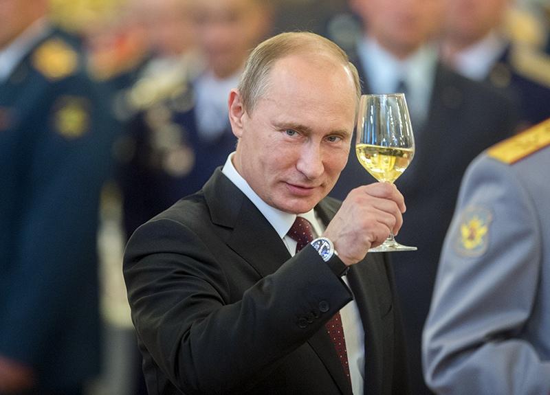 Владимир Путин на приеме в Кремле