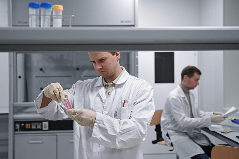 Сотрудники в Национальной антидопинговой лаборатории