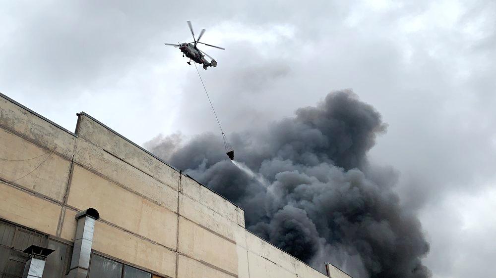Тушение пожара в промзоне