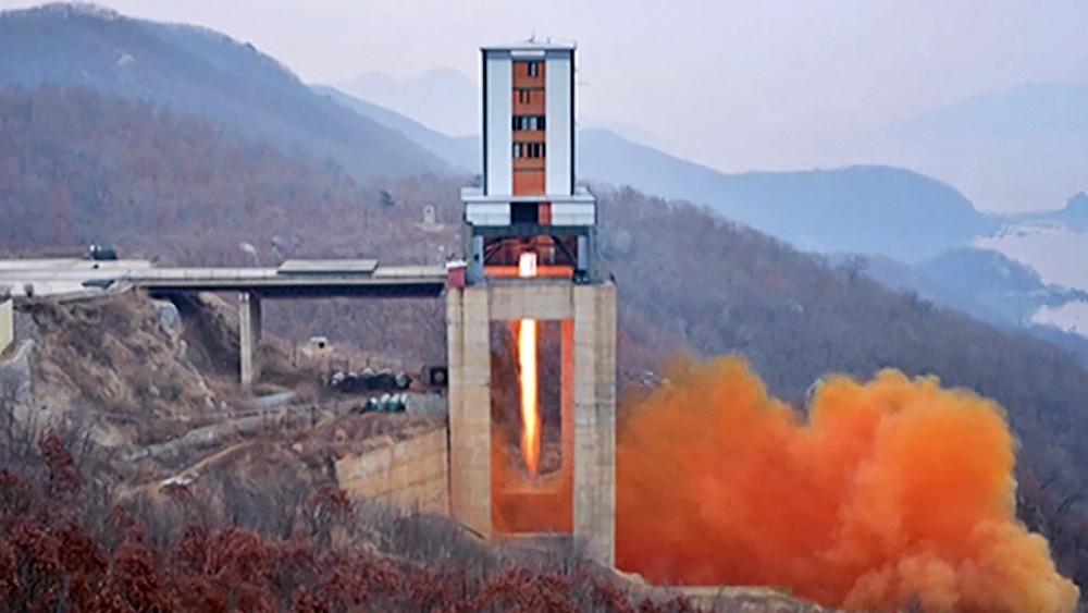 Запуск ракеты с космодрома в КНДР