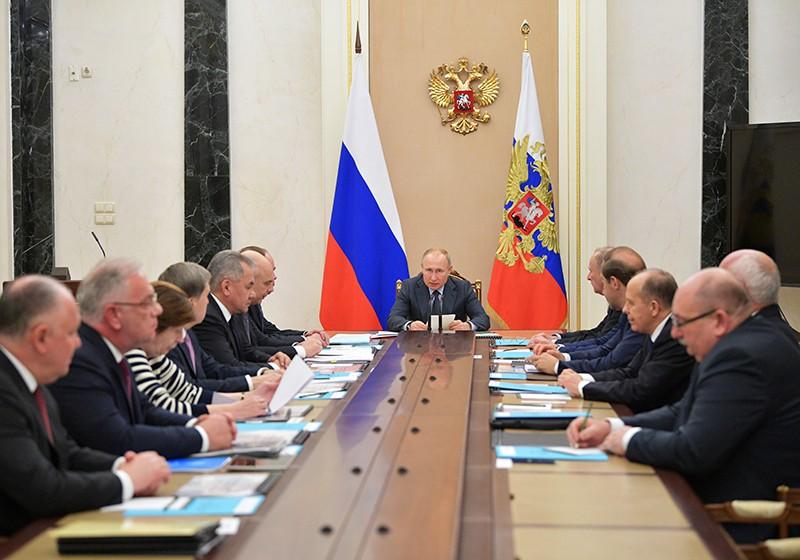 Владимир Путин на заседании Комиссии по вопросам ВТС